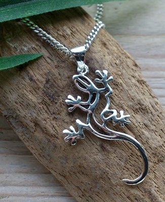 hanger gekko zilver