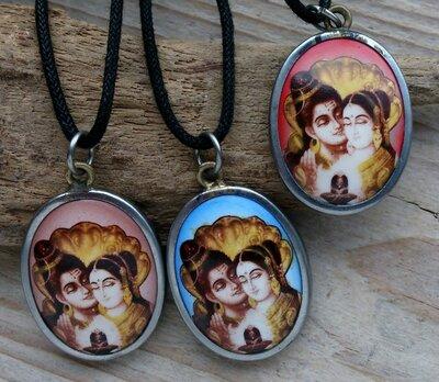 hanger Shiva en Parvati keramiek