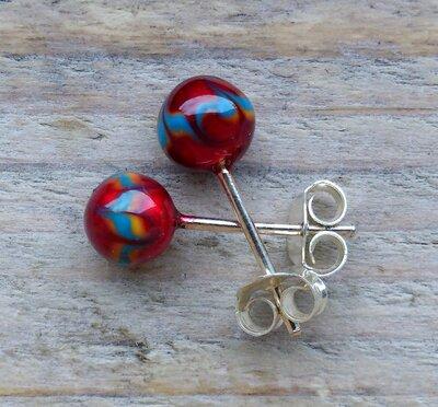 oorknopjes bolletje rood-blauw zilver