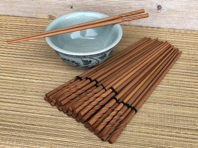 houten chopsticks / eetstokjes lichtbruin