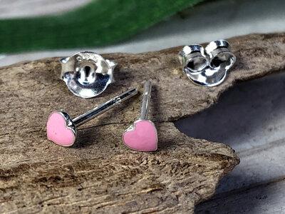 zilveren oorknopjes hartje roze