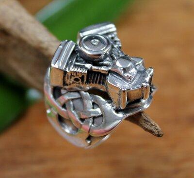 ring motorblok+keltische knoop zilver (maat 19)