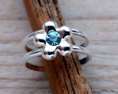 teenring zilver bloem turquoise (begin-maat 15mm)