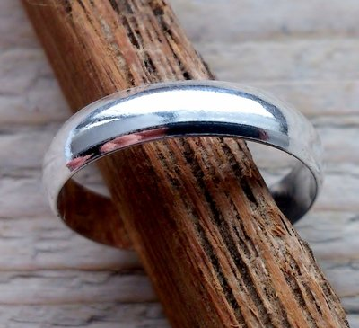 teenring zilver bol 4mm (begin-maat 15mm)