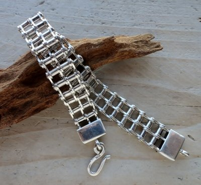 armband motorketting zilver