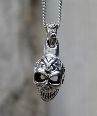 hanger skull zilver