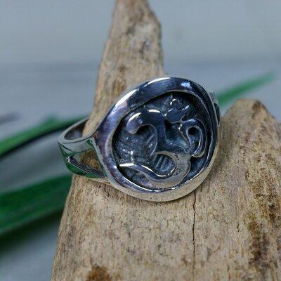 ring aum zilver