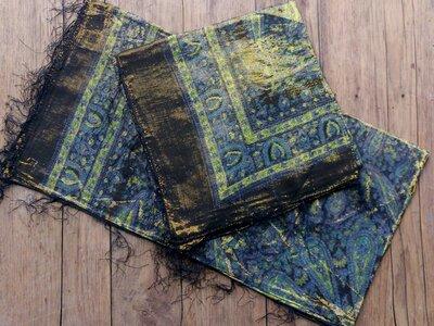 sjaal -goud- zwart/blauw