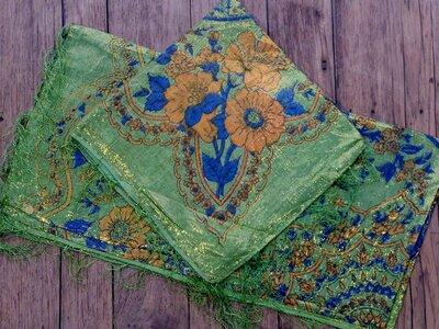 sjaal -goud- groen/bloem
