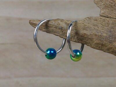 oorringetjes zilver 1,5 mm dik - Ø 16mm balletje blauw-groen