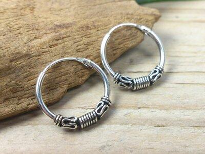 oorringetjes zilver 1,2mm dik Ø 14mm