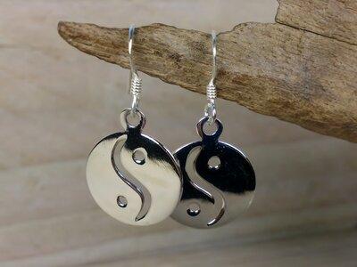 oorbellen yin yang zilver Ø 15mm