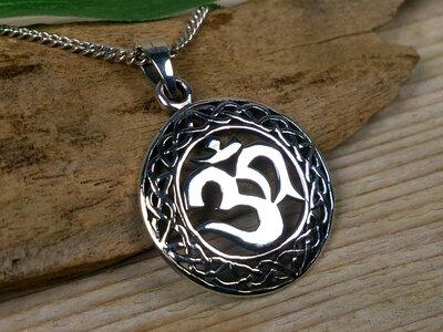 hanger aum keltisch zilver