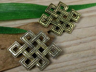 hanger Srivatsa / oneindige knoop
