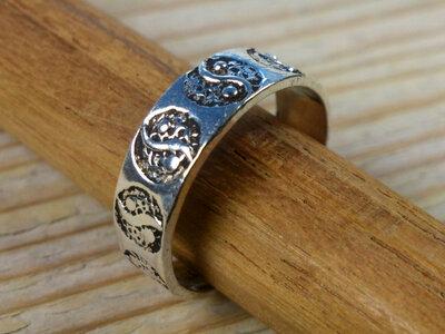 teenring zilver yin yang (maat 14mm)