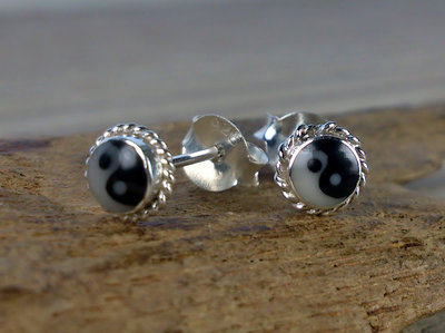 oorknopjes yin yang Ø 5mm zilver