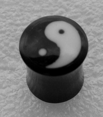 oorplug yin yang