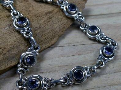 armband zilver blauwe steentjes lengte 19 cm