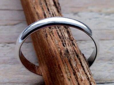 teenring zilver bol 2,5mm (maat 15mm)