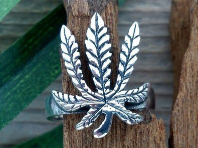 ring wietblad zilver (maat 18 - 18¼ - 19)