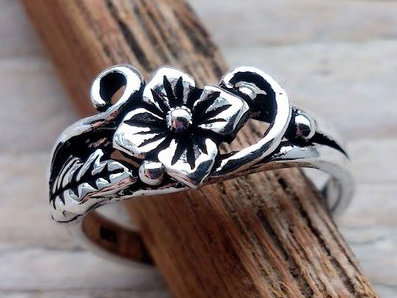 teenring zilver bloem (begin-maat 13mm)