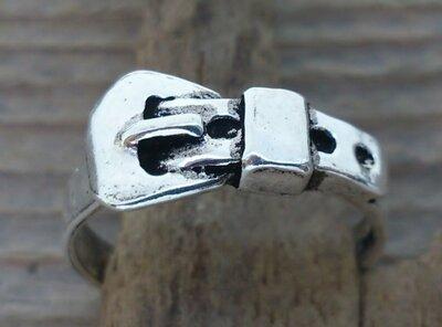 teenring zilver gesp (begin-maat 15mm)