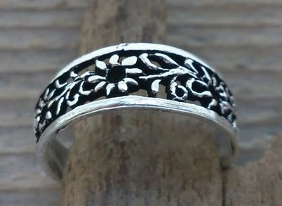 teenring bloem zilver (begin-maat 14mm)