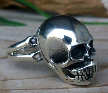 gifring skull zilver (maat 22)