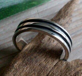 ring strak design zilver (maat 21¼ - 21¾ - 23) v.a.