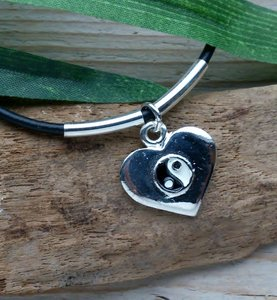 veterketting hartje met yin yang