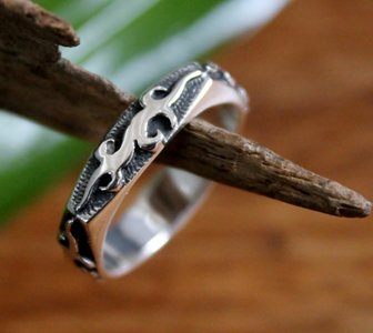 ring tribal zilver (maat 15¾ t/m 21) v.a.