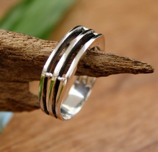 ring strak design zilver (maat 18 - 18¼)