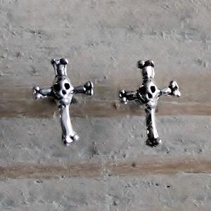oorknopjes kruis skull zilver