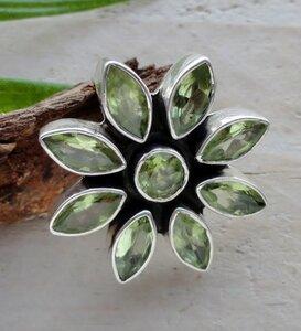 hanger groene steentjes zilver