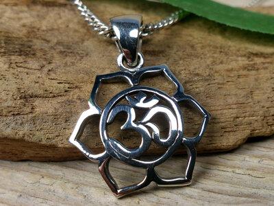 hanger lotus aum zilver