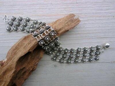 armband bloemetjes lengte 19 cm