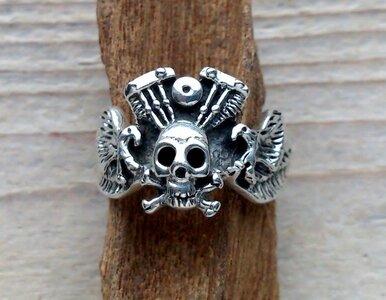 ring skull motorblok zilver