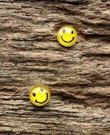 smiley oorbellen