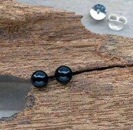 zwarte oorbellen knopjes