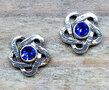 blauwe oorbellen